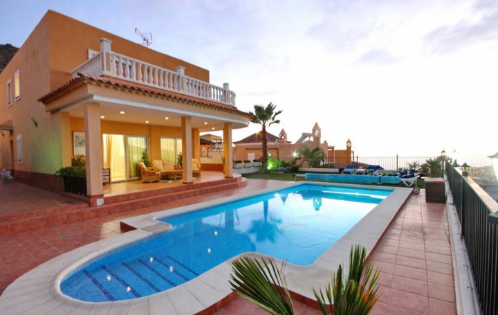 Villa in Tenerife, Torviscas Alto, for rent » #1700
