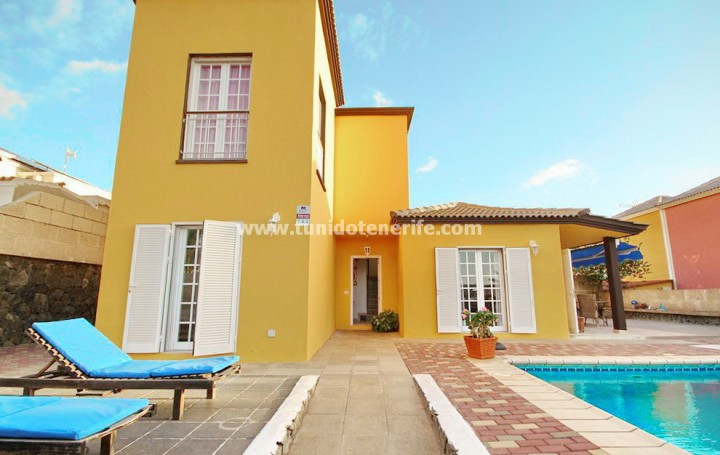 Villa in Tenerife, Madroñal de Fañabe, for rent » #1864