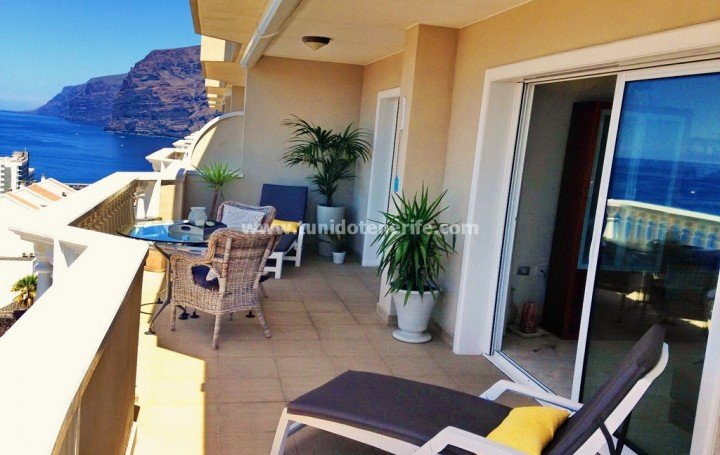 Apartment for sale in Tenerife, in Los Gigantes » #1917