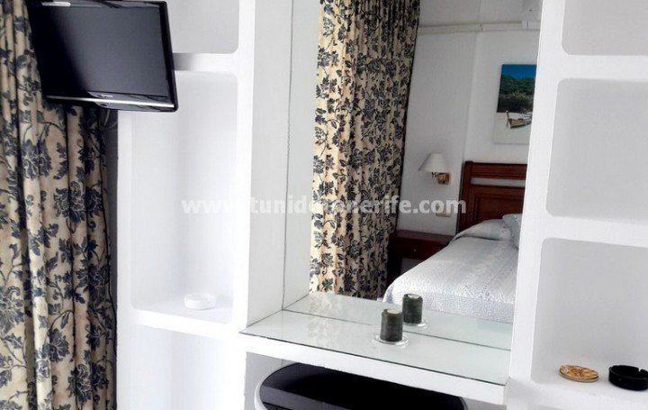Studio in Tenerife for sale in Las Americas »# 1925