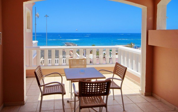 Apartment in Tenerife for sale in Playa de Fañabe, beachfront #1931