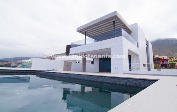 Villa in Tenerife for sale, in Madronal area of Costa Adeje #1796