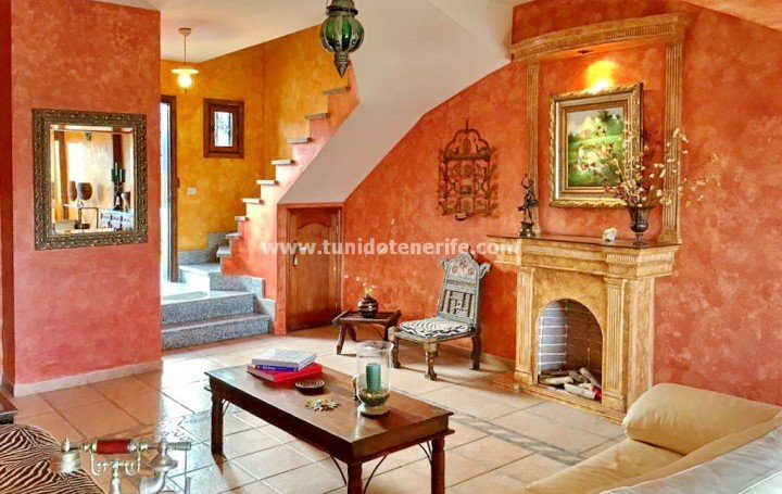 Townhouse in Tenerife for sale in Chayofa #1941