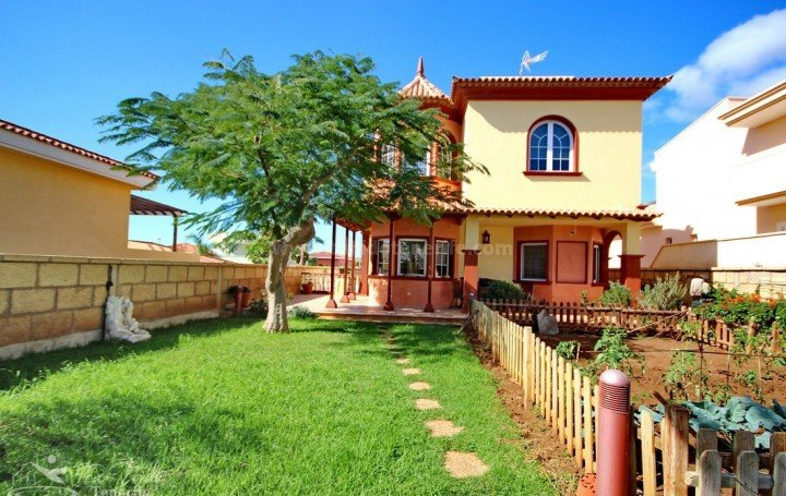 Gorgeous villa for sale in Adeje » #2038