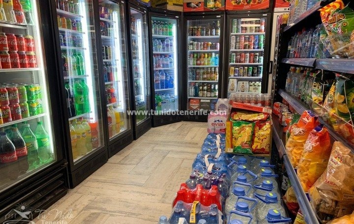 Supermarket with premises and apartment in the tourist area of southern Tenerife, for sale »# 2070