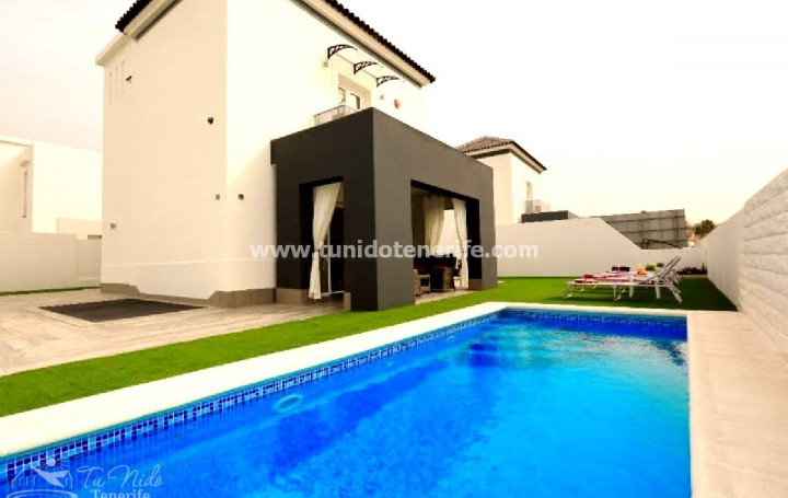 Luxury villa in Costa Adeje, for sale »# 2105