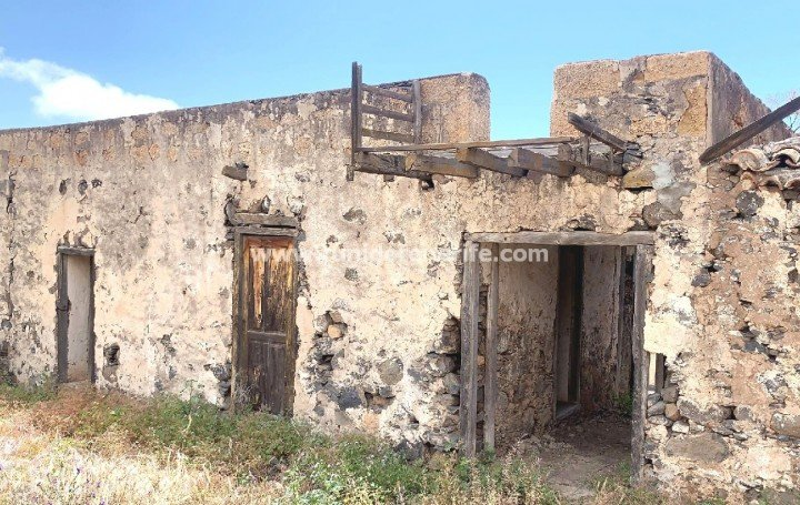 Rural house in Taucho, Adeje, South of Tenerife, for sale »# 2118