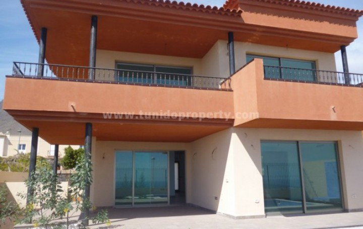 Villa in Tenerife, Adeje for sale » #593